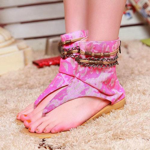 Những kiểu sandal hè khiến chị em mê mẩn 3