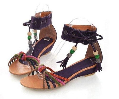 Những kiểu sandal hè khiến chị em mê mẩn 10