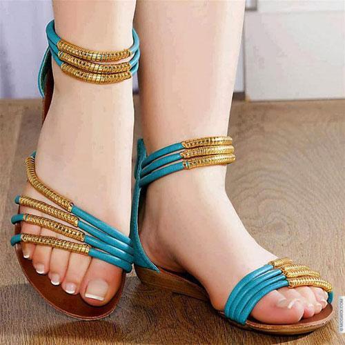 Những kiểu sandal hè khiến chị em mê mẩn 4
