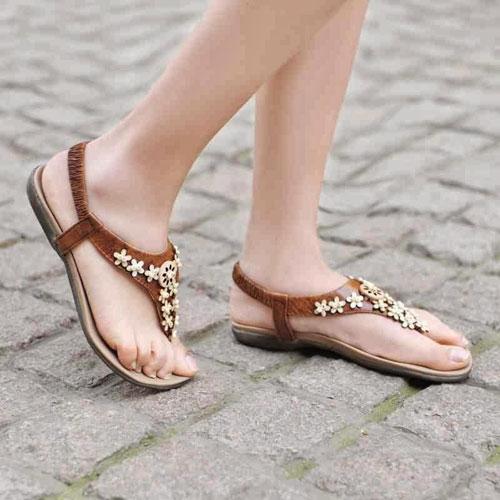 Những kiểu sandal hè khiến chị em mê mẩn 7