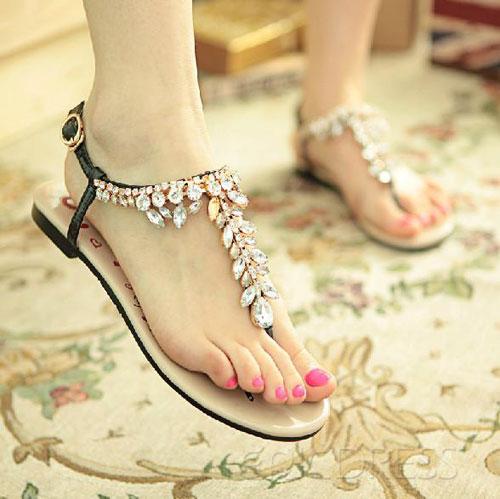 Những kiểu sandal hè khiến chị em mê mẩn 6