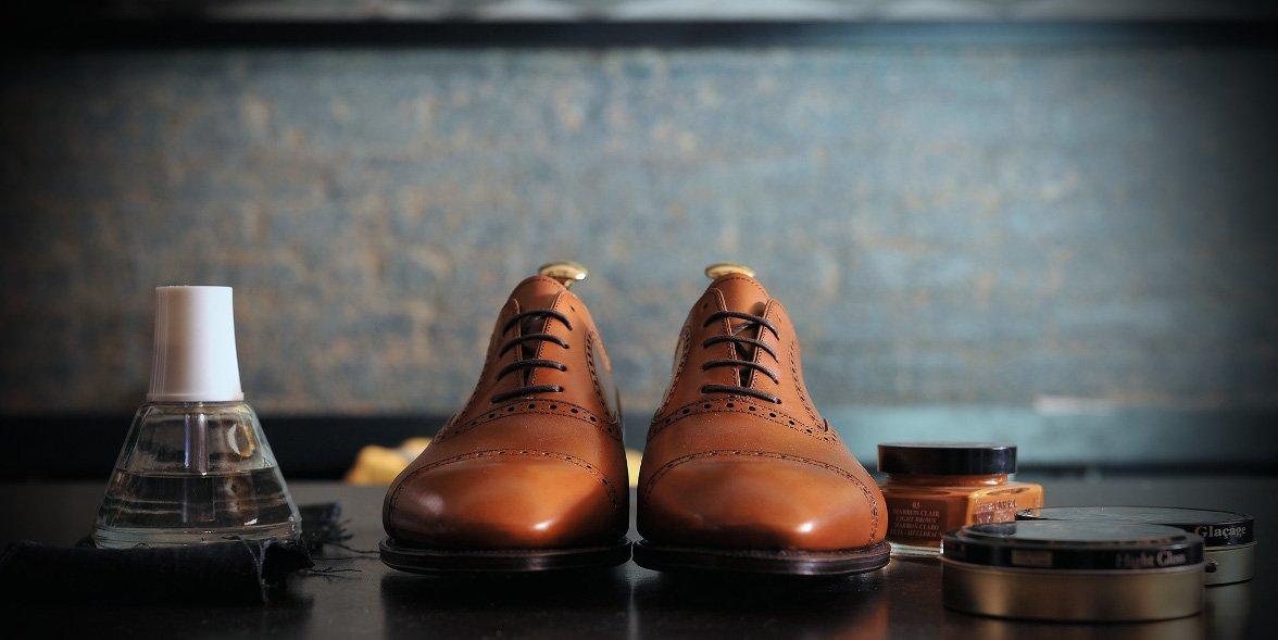 Mách bạn bí quyết bảo quản giày dép trong mùa mưa