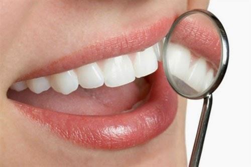 Image result for Cách chữa chảy máu chân răng, viêm lợi cực hiệu quả