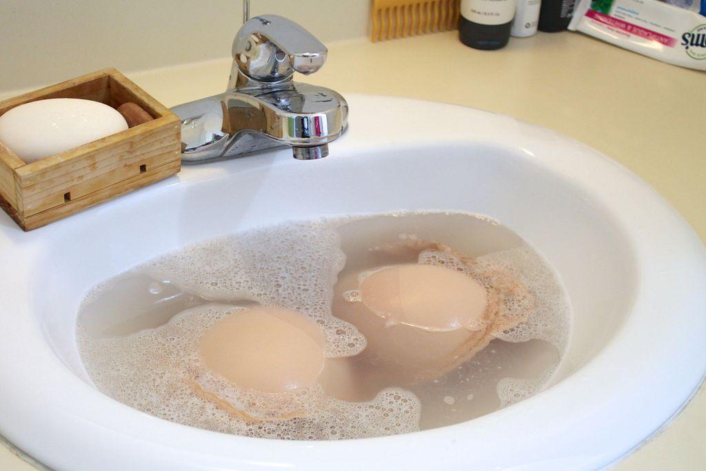 Mách bạn 7 bước đơn giản để giặt áo ngực bằng tay đúng cách 2