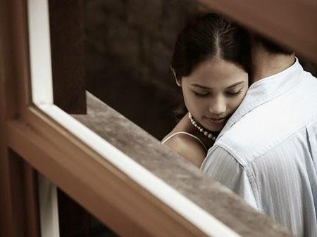 Lật tẩy hành vi 'ăn vụng' hàng đêm của vợ