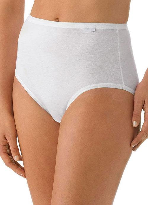 Mách bạn gái 7 kiểu quần lót bạn nên có trong tủ đồ 8