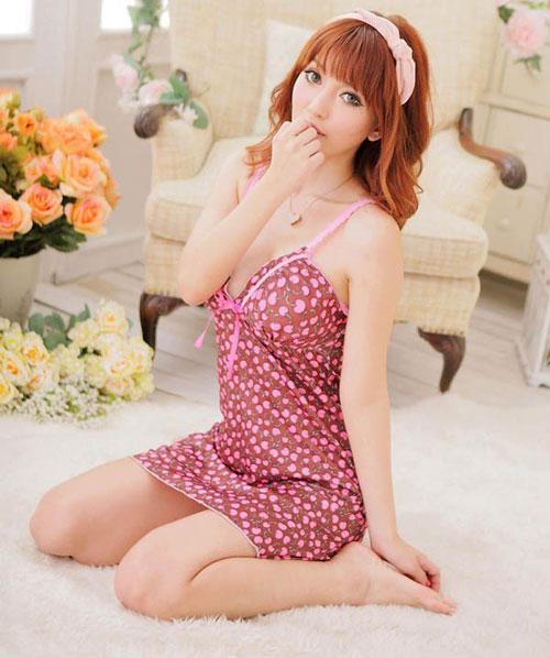 Khơi gợi cảm hứng trong tràng với váy ngủ siêu gợi cảm 6