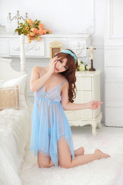 Khơi gợi cảm hứng trong tràng với váy ngủ siêu gợi cảm 1