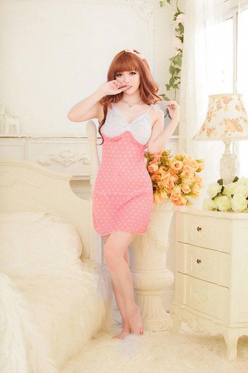 Khơi gợi cảm hứng trong tràng với váy ngủ siêu gợi cảm 8