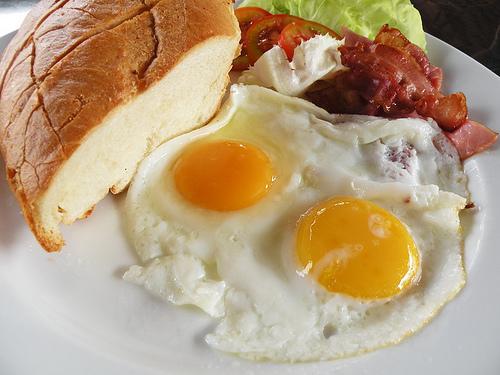 Các thực phẩm tuyệt đối không nên ăn vào buổi sáng