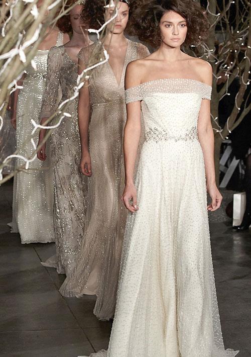 Nhãn hiệu váy cưới nào được lòng phái đẹp nhất? 3