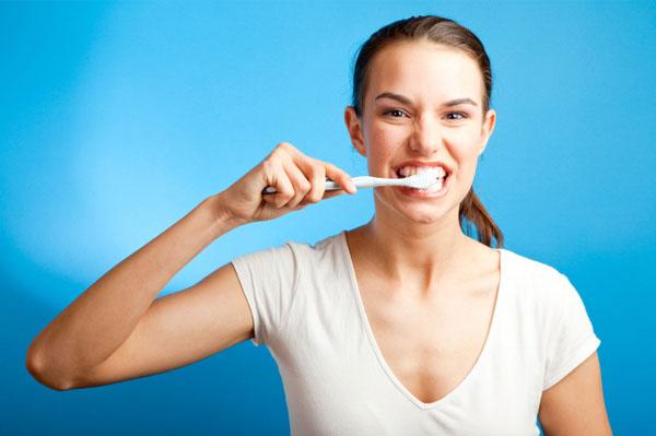 Kết quả hình ảnh cho đánh răng