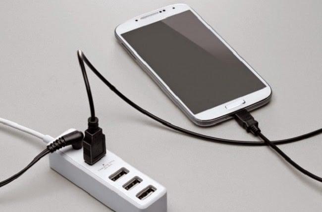 Bí quyết bảo quản sạc và pin điện thoại đúng cách 1