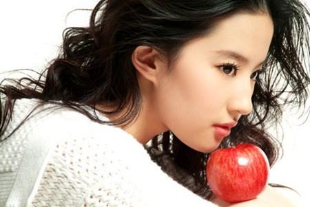Quả táo giúp da trắng sau một đêm
