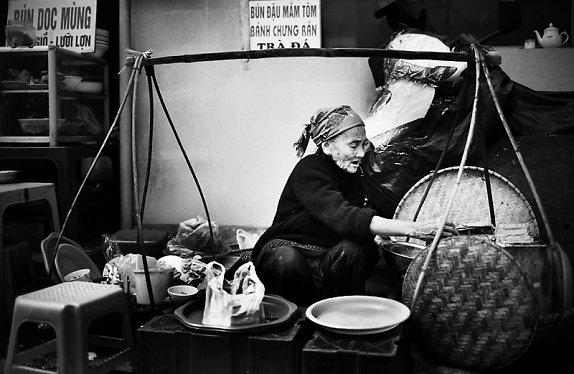 Bức ảnh lão nông Việt Nam gây ấn tượng với toàn thế giới