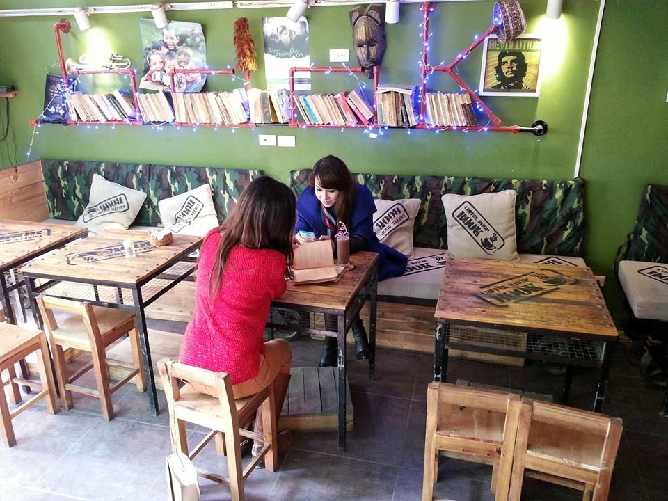 Những quán cafe bói bài Tarot nổi tiếng ở Hà thành. Ảnh 6