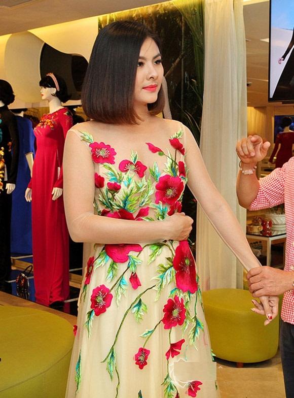 Bộ áo dài cưới cực chất của Vân Trang 6