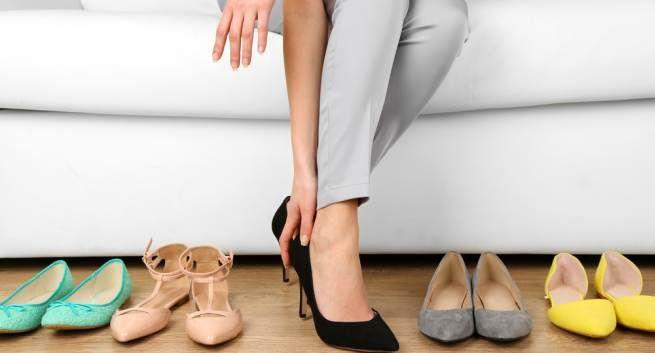 Tại sao chân lại phình to khi mang thai?