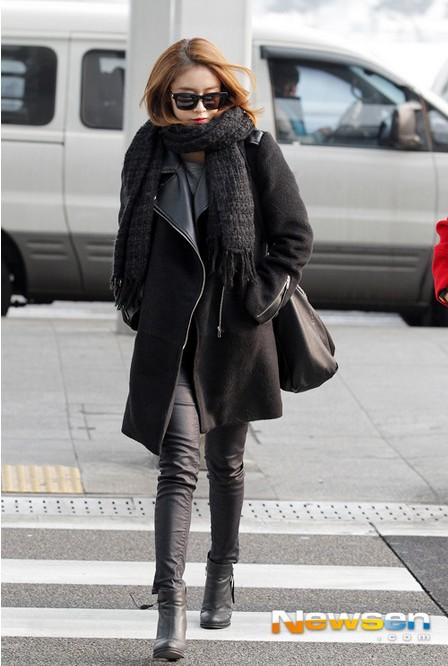 Gợi ý mix đồ màu đen đẹp và chất như Jiyeon (T-ara)