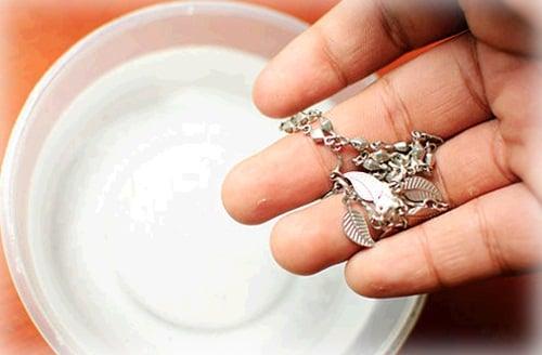 Mẹo bảo quản và làm sáng trang sức bạc