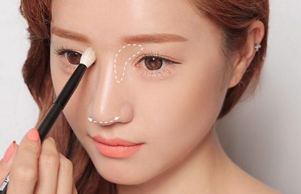 Mẹo trang điểm để có đôi mắt sâu, thu hút người đối diện 3