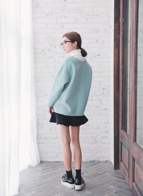 Mặc chân váy gì khi thời tiết trở lạnh? 6