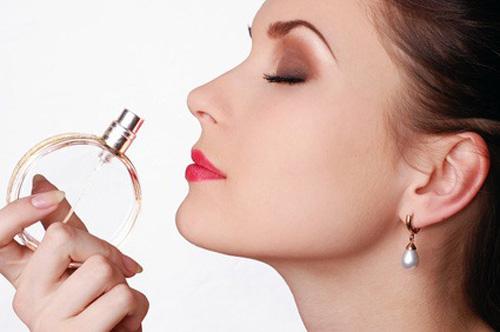 Bạn đã biết cách chọn nước hoa phù hợp với mình chưa?