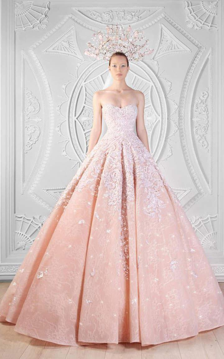 Mùa cưới với mẫu váy cưới 3D đang lộng hành 6