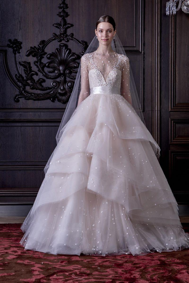 Mùa cưới với mẫu váy cưới 3D đang lộng hành 8