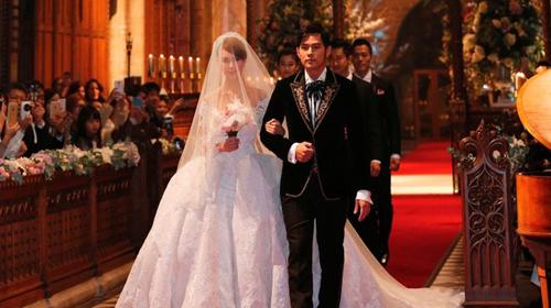 Image result for mơ thấy đám cưới chính mình.