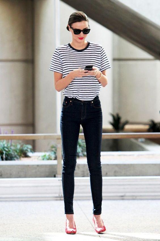 quần jean lưng cao với áo phông