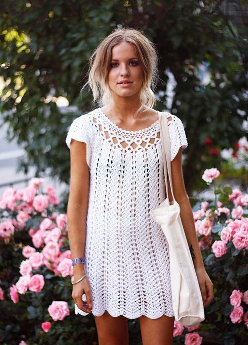 Mốt váy áo crochet lên ngôi trong mùa hè 2016