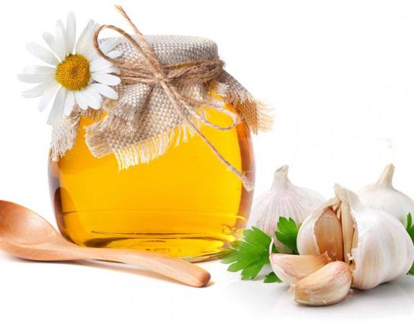 lợi ích từ tỏi ngâm mật ong