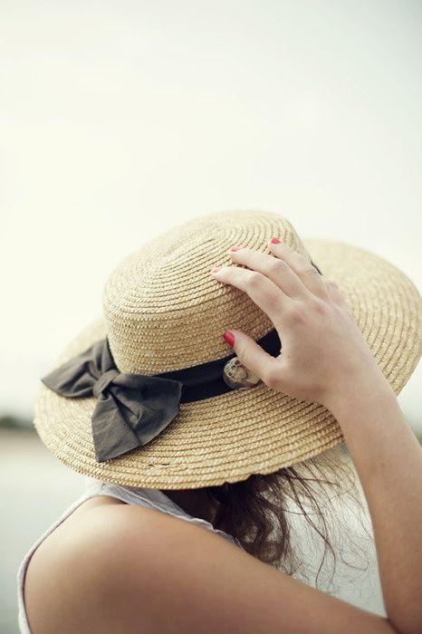 Chị em ăn gian tuổi với mũ cói cực xinh trong hè này 11
