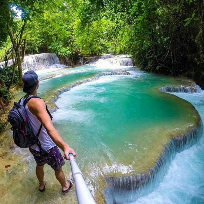 """Hồ bơi bậc thang giữa rừng nước xanh biếc khiến giới trẻ """"mê mệt"""