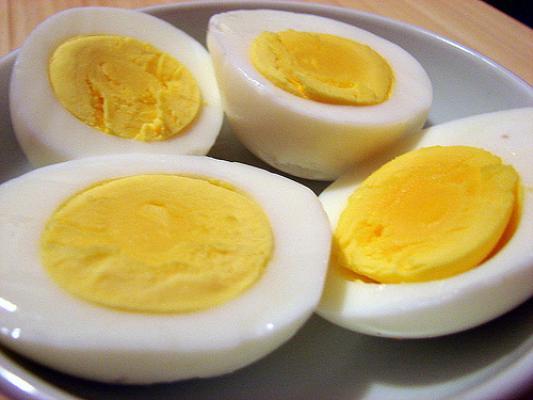 """Những người """"cấm"""" ăn trứng nếu không muốn nhập viện"""